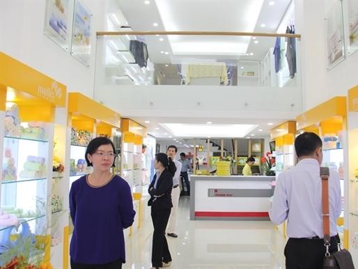 Phong Phú khai trương cửa hàng khăn Mollis