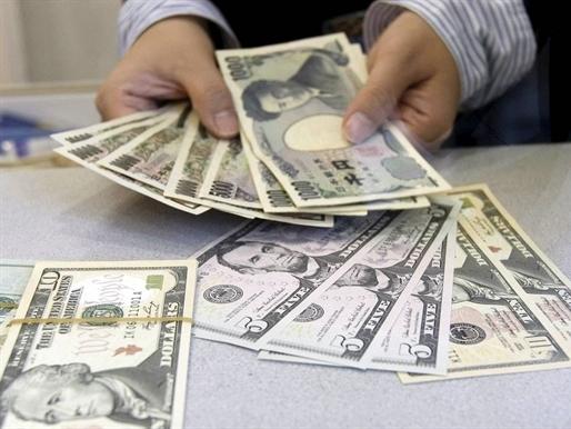 USD tăng mạnh khi Nhật Bản phát tín hiệu can thiệp