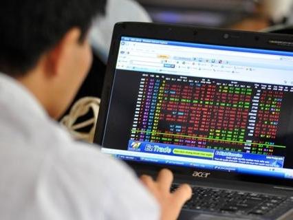 Một nhà đầu tư bị phạt 550 triệu đồng vì làm giá cổ phiếu