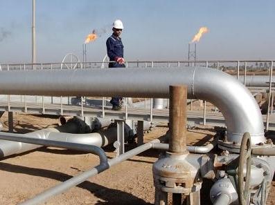 Giá dầu lại lập đỉnh mới năm 2016