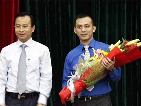 Con trai ông Nguyễn Bá Thanh trúng cử HĐND Đà Nẵng