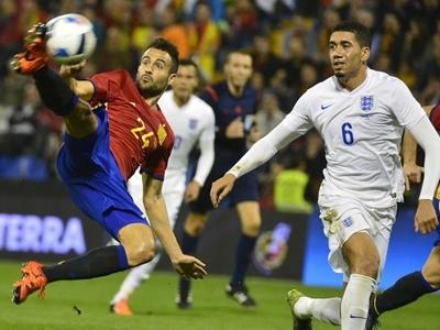 Euro 2016 - chiến trường của Nike và Adidas
