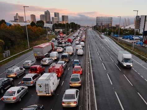 Trung Quốc chi cho cơ sở hạ tầng nhiều hơn Mỹ và châu Âu cộng lại