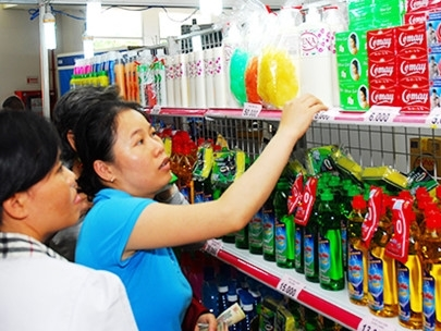 Doanh nghiệp lo việc đổi nhãn hàng hóa