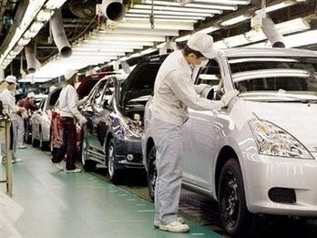 Xuất khẩu của Nhật Bản giảm tháng thứ 8 liên tiếp