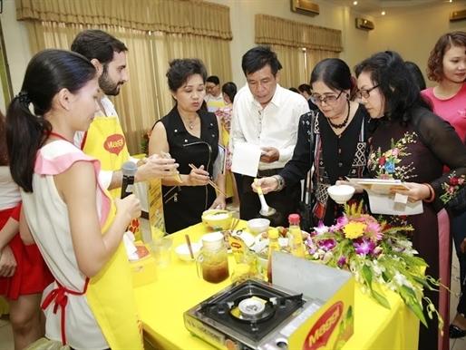 Bữa cơm ngon tự nhiên chào mừng ngày Báo chí cách mạng Việt Nam