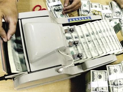 Dự trữ ngoại hối: Tiền ít giấy nhiều?