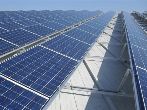 Anh cấp vốn phát triển pin mặt trời trên mái nhà ở Việt Nam