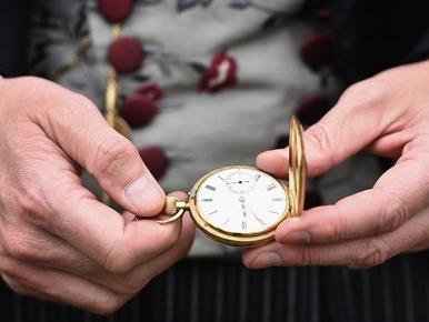"""7 thói quen """"5 phút"""" này của triệu phú sẽ giúp bạn giàu có"""