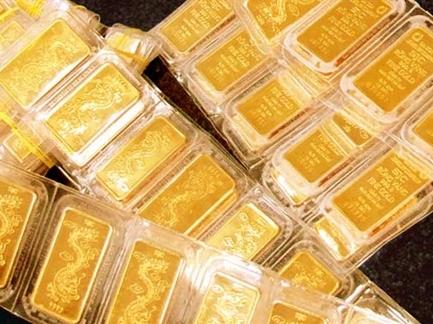 Giá vàng giảm nửa triệu đồng một lượng