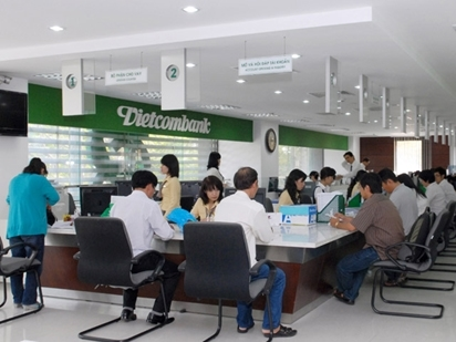 Vietcombank báo lãi 6 tháng tăng 38% so cùng kỳ