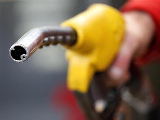 Giá dầu bắt đáy mới 2 tháng do lo ngại thừa cung