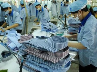 Hàng Việt chịu thiệt khi xuất khẩu 'núp bóng' thương hiệu lớn