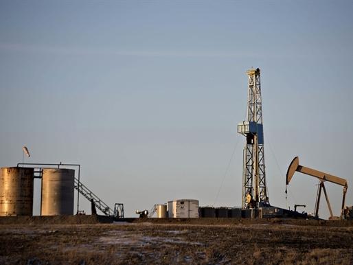Sản lượng dầu đá phiến Mỹ giảm tháng thứ 10 liên tiếp