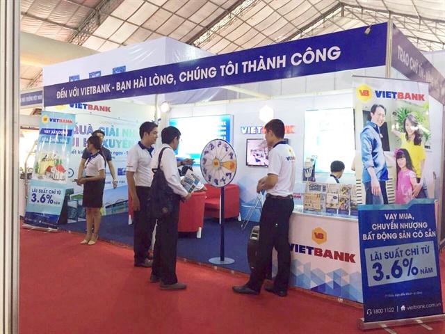 VietBank dành 1000 quà tặng cho khách tham quan Hội chợ VietBuild Hà Nội 2016