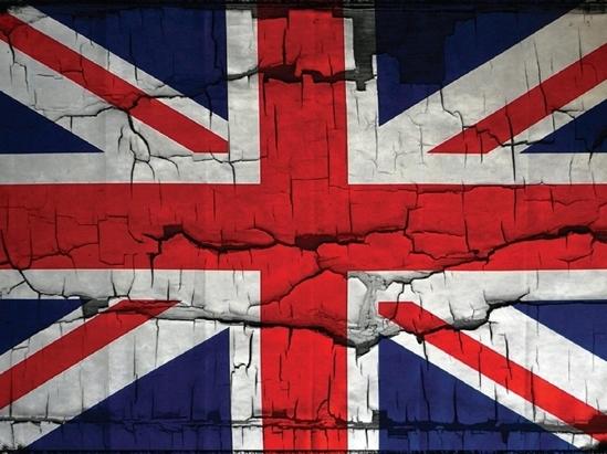 Nước Anh hứng chịu