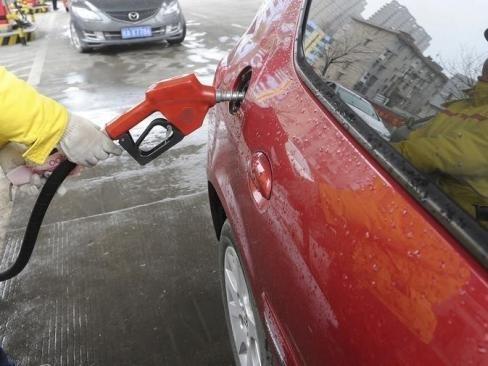Giá dầu Mỹ xuống thấp nhất 3 tháng do viễn cảnh tiêu cực