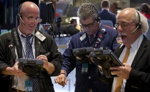 S&P lại lập đỉnh nhờ cổ phiếu công nghệ
