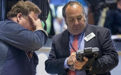 Chứng khoán Mỹ lại mất điểm vì giá dầu