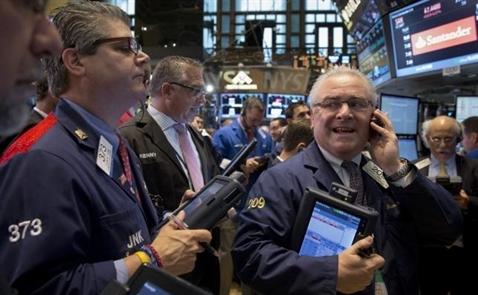Chứng khoán Mỹ biến động nhẹ, giới đầu tư chờ báo cáo việc làm