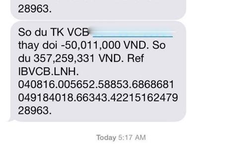 Chủ thẻ Vietcombank bỗng dưng mất 500 triệu đồng qua một đêm