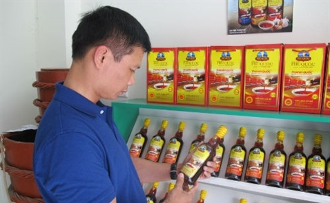 Hàng 'made in Thailand' đội lốt nước mắm Phú Quốc, mì gói Việt