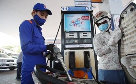 Giá xăng tăng cao nhất gần 1.000 đồng
