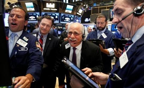 Chứng khoán Mỹ tăng điểm nhờ cổ phiếu công nghệ, doanh số bán nhà