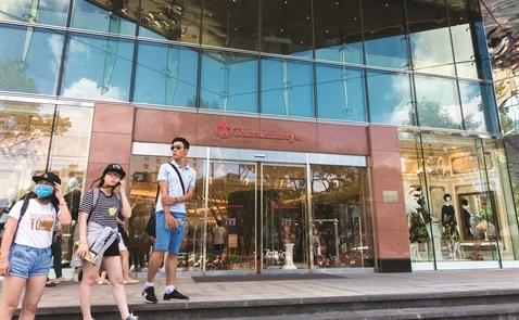 Takashimaya Việt Nam: Dấu hỏi cho ngôi sao mới nổi