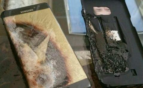 Cấm gửi Samsung Note 7 trong hành lý khi đi máy bay
