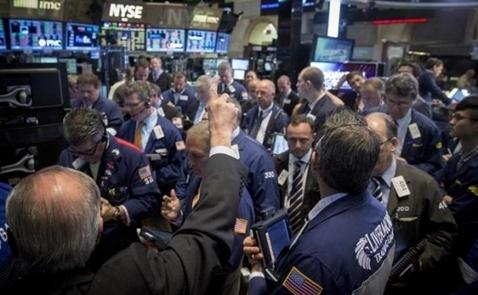 Chứng khoán Mỹ tăng mạnh nhất 2 tháng khi giới đầu tư xét lại viễn cảnh lãi suất