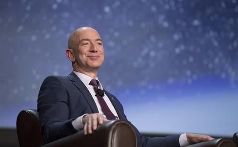 Nhà sáng lập Amazon trình làng tên lửa vũ trụ mới