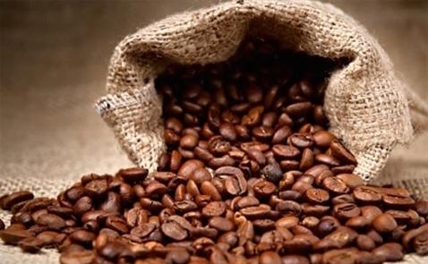Xuất khẩu cà phê Việt Nam vượt dự báo