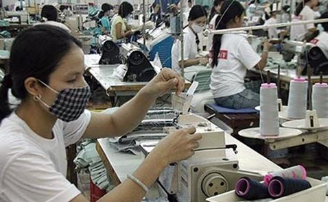 """Chịu cảnh """"ăn đong"""" - dệt may khó đạt mục tiêu xuất khẩu 31 tỷ USD"""