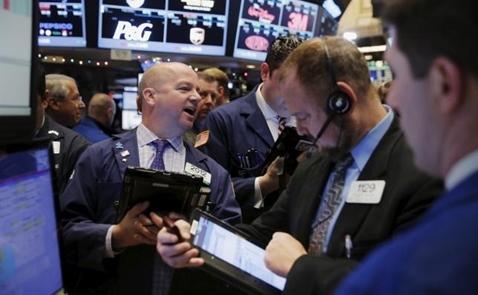 Chứng khoán Mỹ biến động nhẹ trước thềm họp Fed