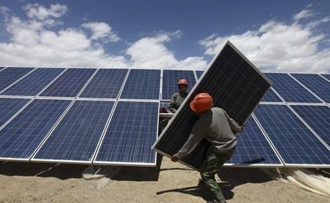 Trung Quốc đang xây tổ hợp điện mặt trời lớn nhất thế giới