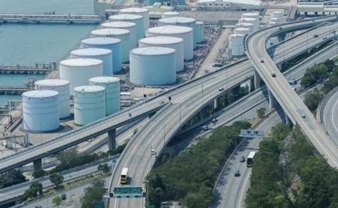 Giá dầu duy trì đà tăng sau số liệu nguồn cung, USD suy yếu