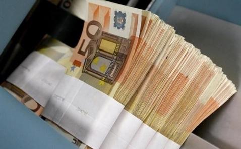 Euro tăng so với USD khi thị trường bớt lo ngại về Deutsche Bank