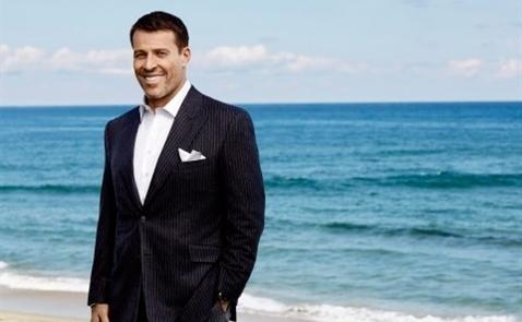 12 bài học kinh doanh từ Tony Robbins