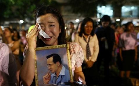 Vì sao nhà vua Thái Lan được toàn dân yêu mến
