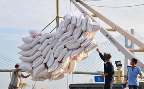 Xuất khẩu gạo mới chỉ đạt 4,2 triệu tấn sau 10 tháng