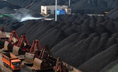Trung Quốc đẩy mạnh khai thác than trở lại khi giá tăng 200%