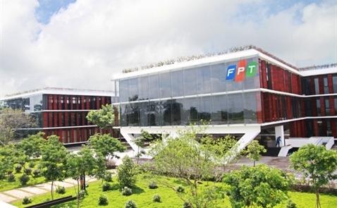 FPT báo lãi gần 2.000 tỷ đồng sau 10 tháng