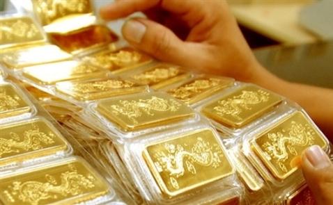 Giá vàng trong nước rơi xuống mức thấp nhất một tháng rưỡi