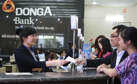 Tiền gửi vào DongABank vẫn tăng dù ông Trần Phương Bình bị bắt