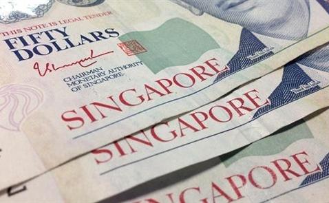 Đôla Singapore chạm mức thấp nhất 7 năm