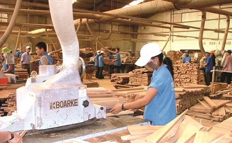 2 làn sóng đầu tư vào gỗ Việt