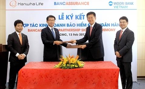 Hanwha Life Việt Nam và Woori Bank ký thỏa thuận hợp tác phân phối sản phẩm bảo hiểm