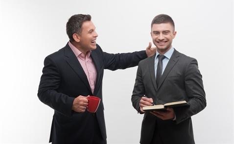 4 cách dễ dàng để cải thiện mối quan hệ với sếp