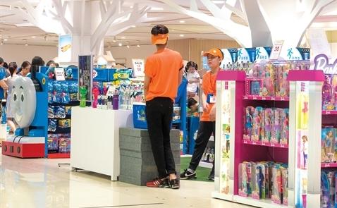 Vì sao cửa hàng đồ chơi đua mở chuỗi?